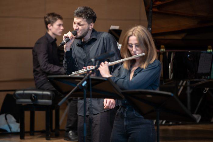juja-wertungsspiele-gesang-querfloete-2019-orchestersaal-landesmusikakademie-lennartmoeller