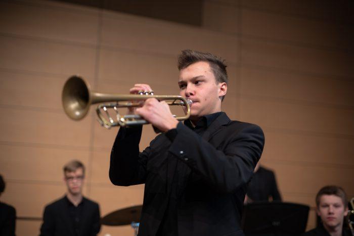 juja-wertungsspiele-trompete-ludwig-bertram-2019-orchestersaal-landesmusikakademie-lennartmoeller